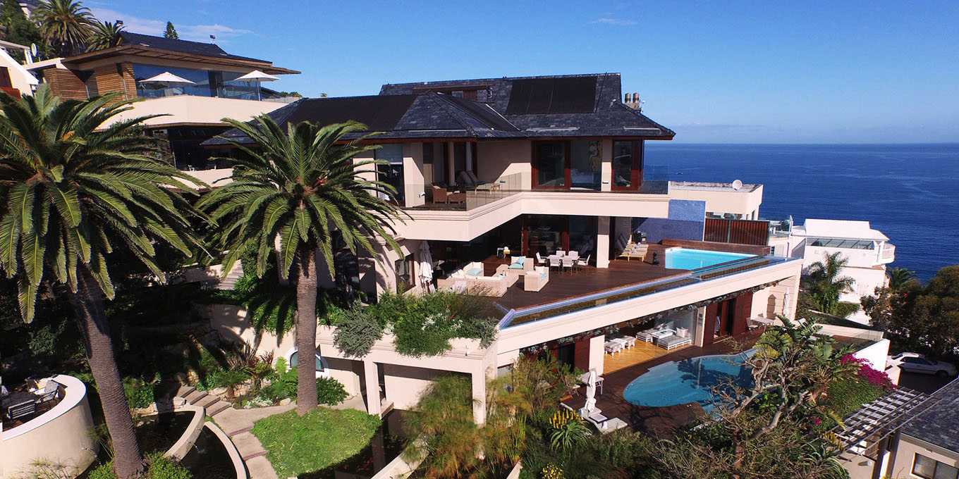 Luxurious villa in Bantry Bay, with private pool
